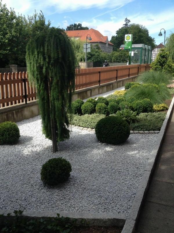 vorgarten1